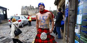 The-role-of-promotional-items-during-the-Independance-campaign-of-Scotland (2)
